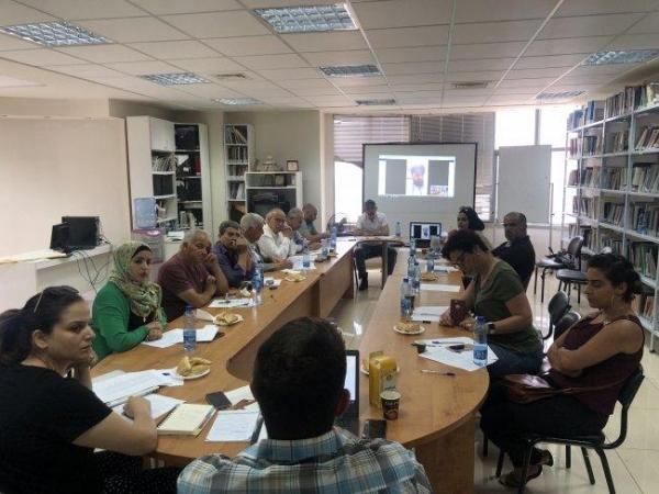 في ظل قرارات وزير العمل اللبناني الأخيرة خلال ندوة لمركز بيسان.. سامر مناع: منذ 2010 ازدادت إجراءات التضييق على الفلسطينيين في لبنان